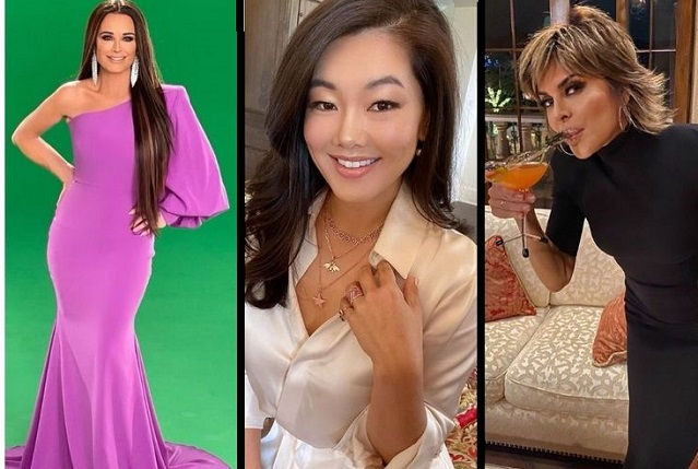 Popular Housewives